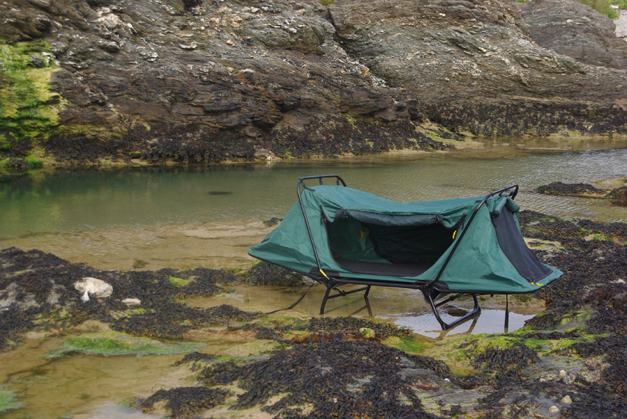 Off-the-ground original tent tide proof